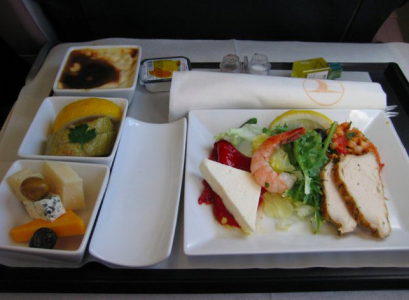 Turkish Airlines-15 Airlines And The Food Served In The Economy Vs. Business Class