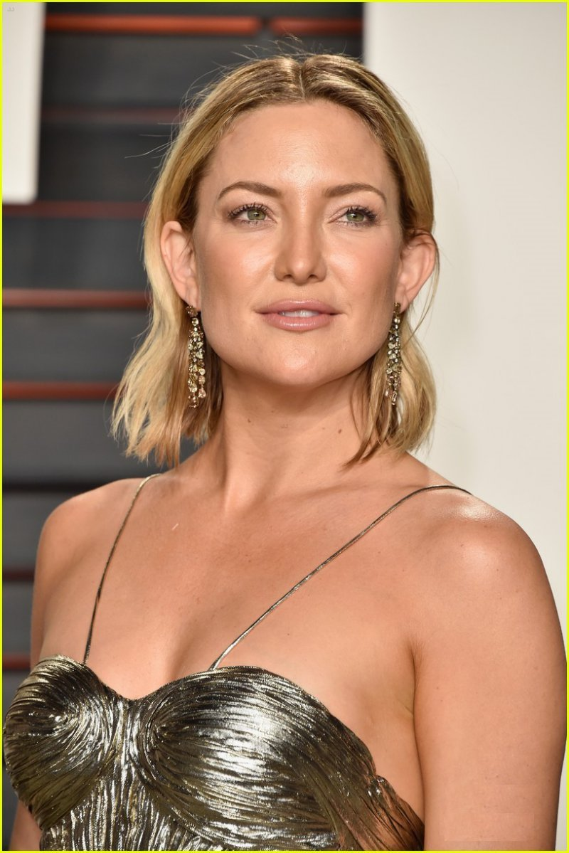 Kate Hudson-15 Hottest Girls Who Turned Down Playboy Offer