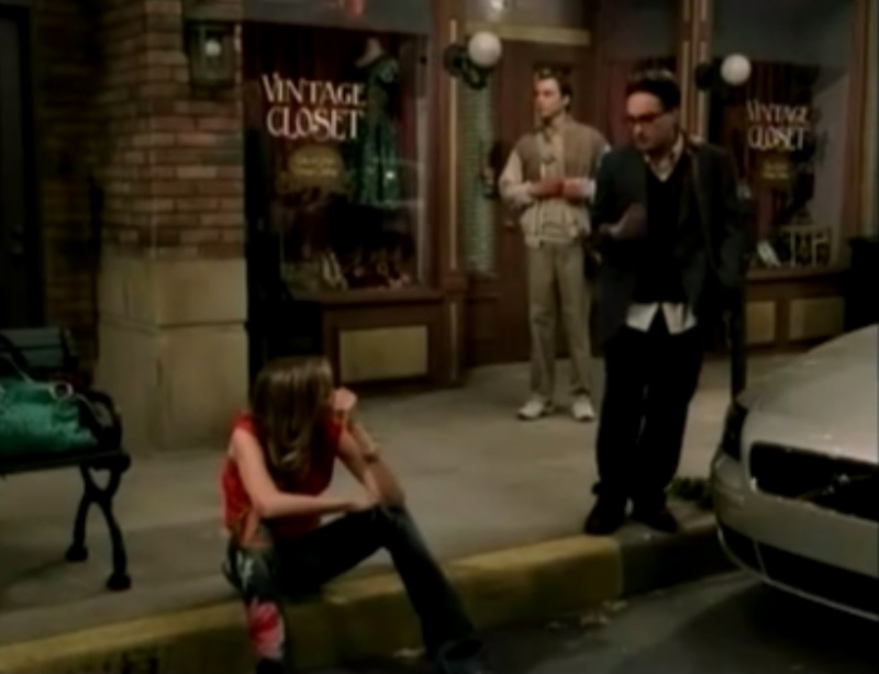 Katie meets guys-The Big Bang Theory Unaired Pilot Episode