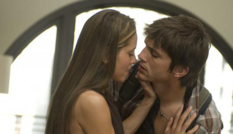 Ashton kutcher sex scene