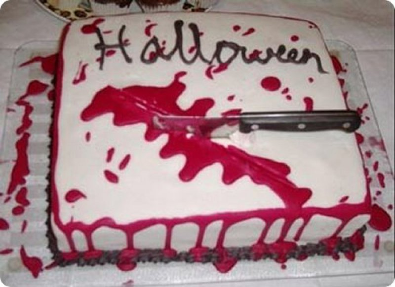 Halloween cake-15 Most Disgusting Yet Hilarious Cake Fails Ever