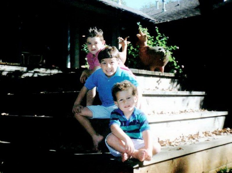 The Jonas Brothers-15 Cutest Childhood Photos Of Famous Celebrities