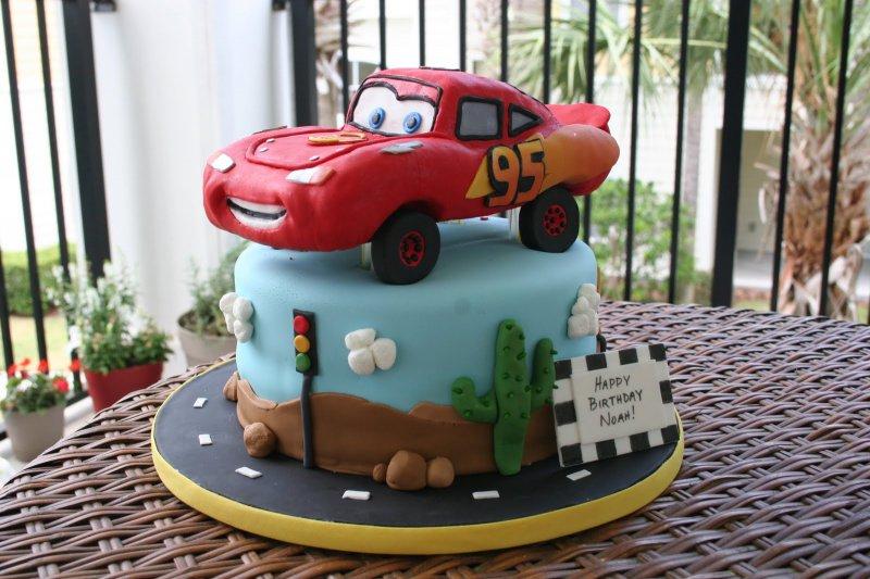 Cars Cake-15 Amazing 3D Cartoon Model Cakes Ever