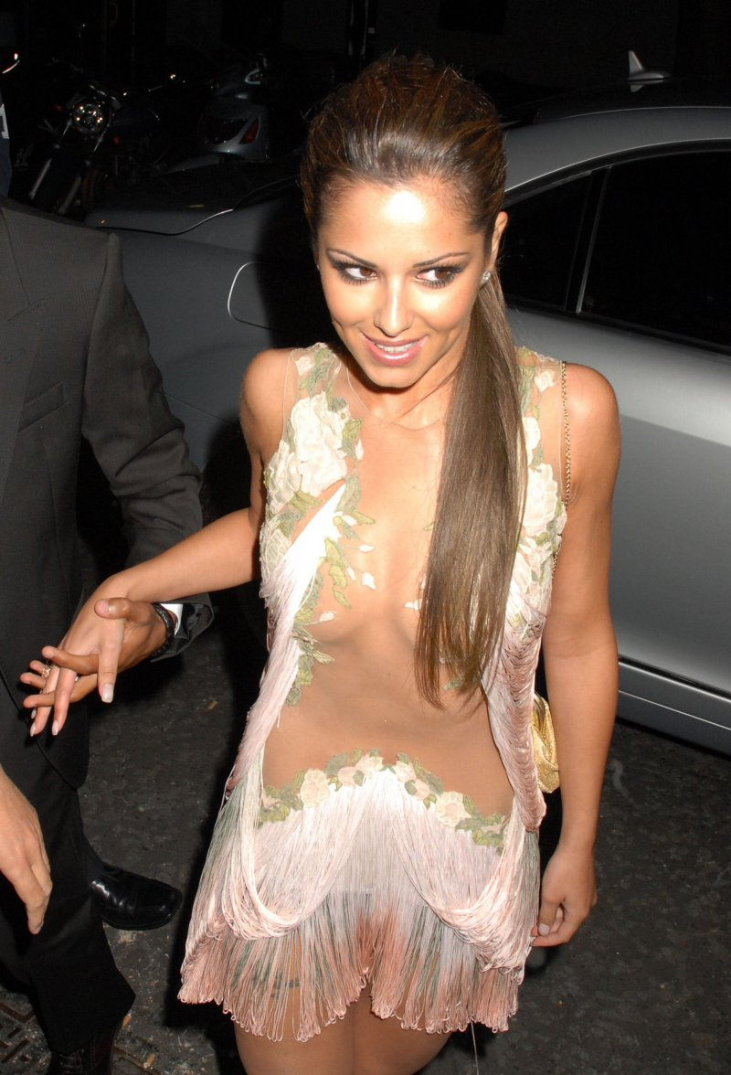 Cheryl Cole-12 Celebrities Who Were Spotted Wearing See-Through Clothes
