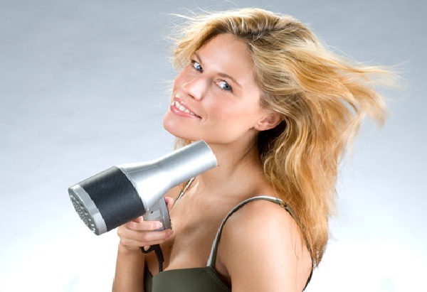 Avoid blow drying-Natural Ways To Stop Hair Loss