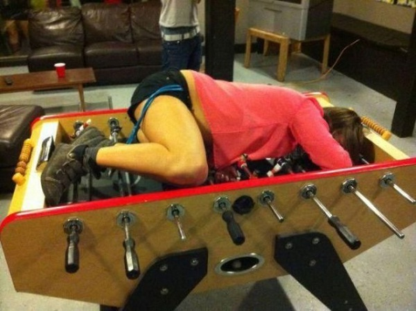 Table soccer-12 Embarrassing Pictures Of Drunk People