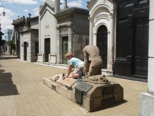 Hmm! Maybe Not-People Being Nasty With Statues