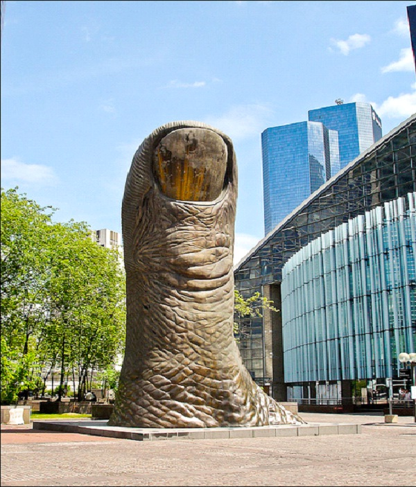 Thumbs Up - Paris France-World's Most Bizarre Statues