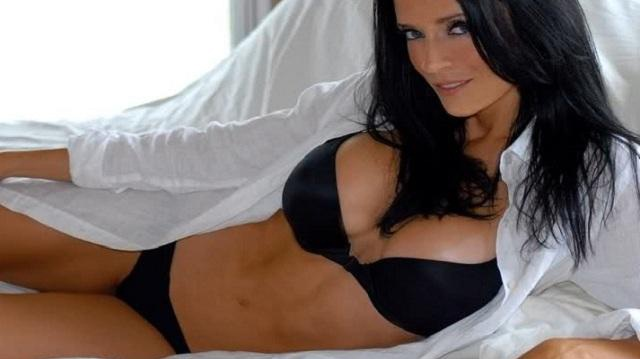 Missy Coles-24 Hottest Baseball Players' Wives