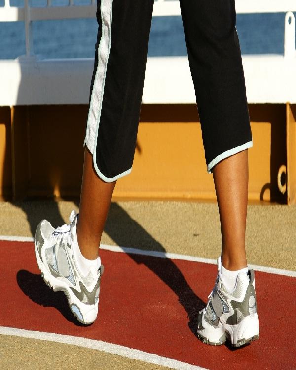 Walking-Natural Ways To Lose Weight