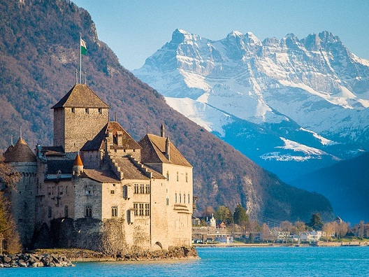 Chateau de Chillon - Switzerland-Most Beautiful Castles Around The World