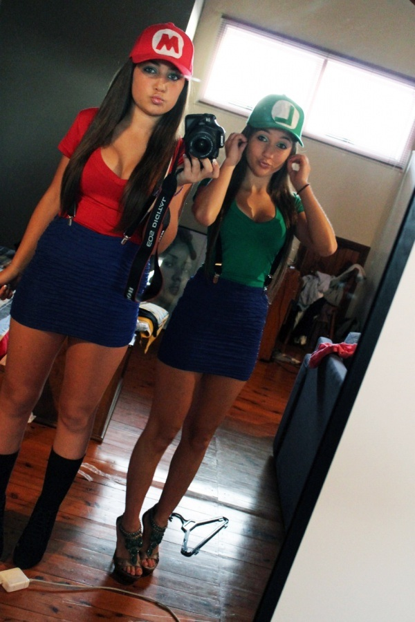 A great twosome-Hot Girls In Mario Cosplays