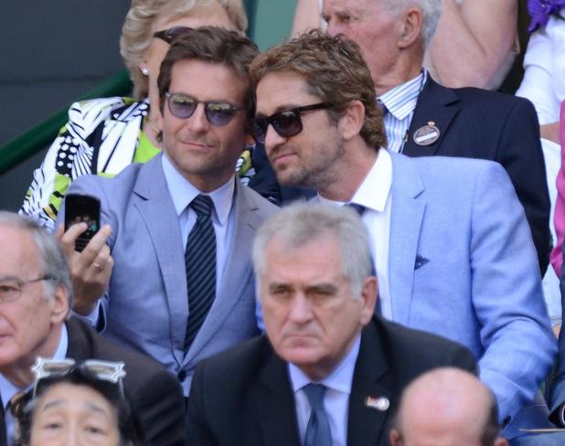 Bradley Cooper & Gerard Butler-Bizarre Celebrity Selfies