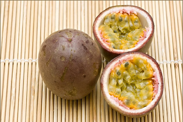 Passionfruit-Most Popular Exotic Fruits