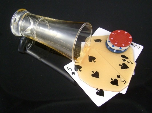 Poker and Beer-Best Things You Can Have With Beer