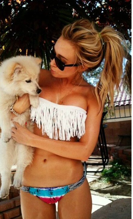 Eye Up Here-Pics Of Pets Being Cozy With Female Breasts