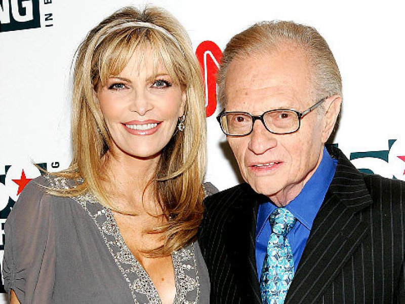 Larry King Cheated On His Wife Shawn Southwick-15 Celebrities Who Cheated On Their Partners