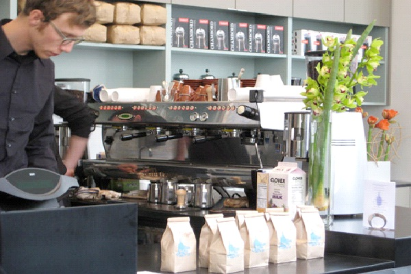 Blue Bottle Coffee Shop - San Francisco-Coolest Coffee Shops