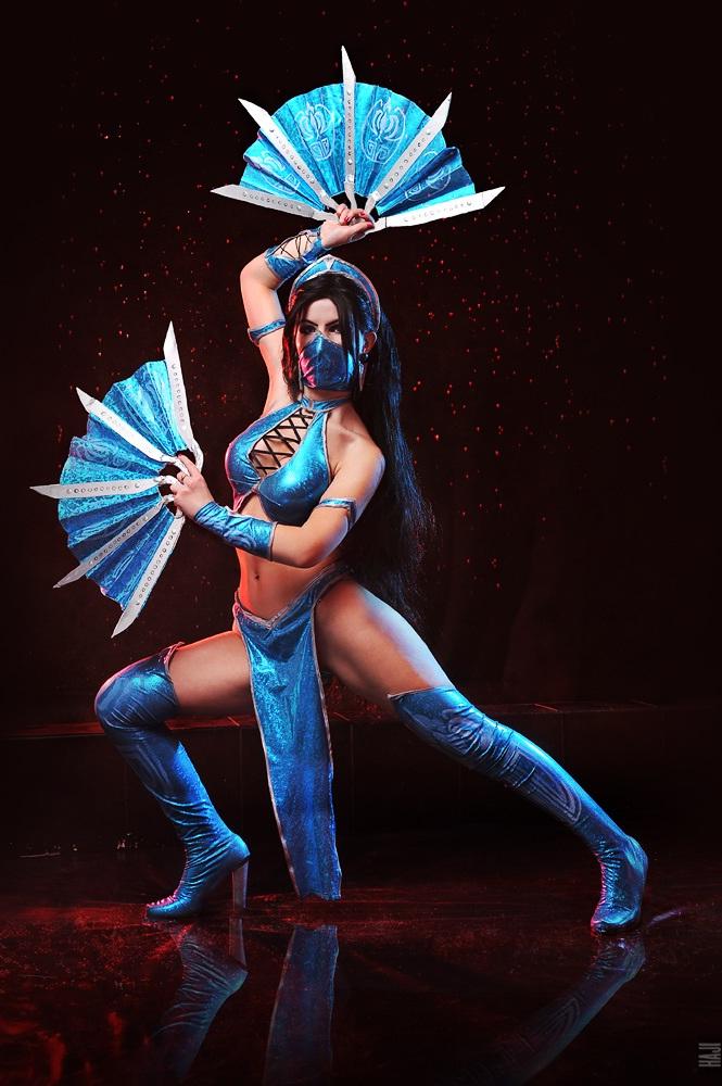 Mileena-Best Mortal Kombat Cosplays
