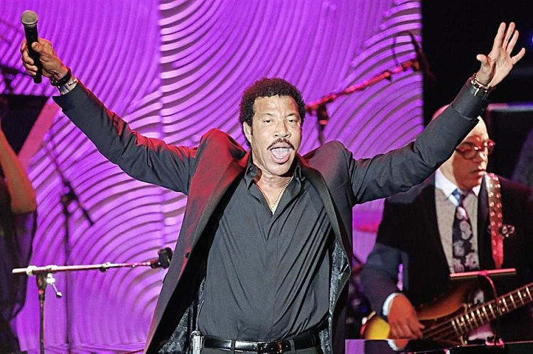 Lionel Richie-Musicians You Didn't Know Won Oscars