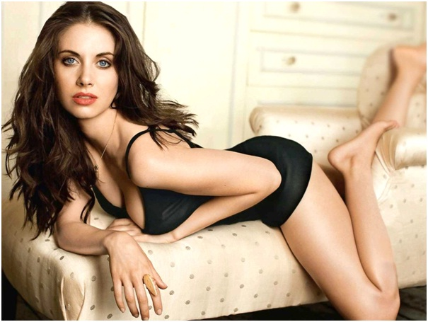 Alison Brie-12 Most Beautiful Jewish Women In Hollywood