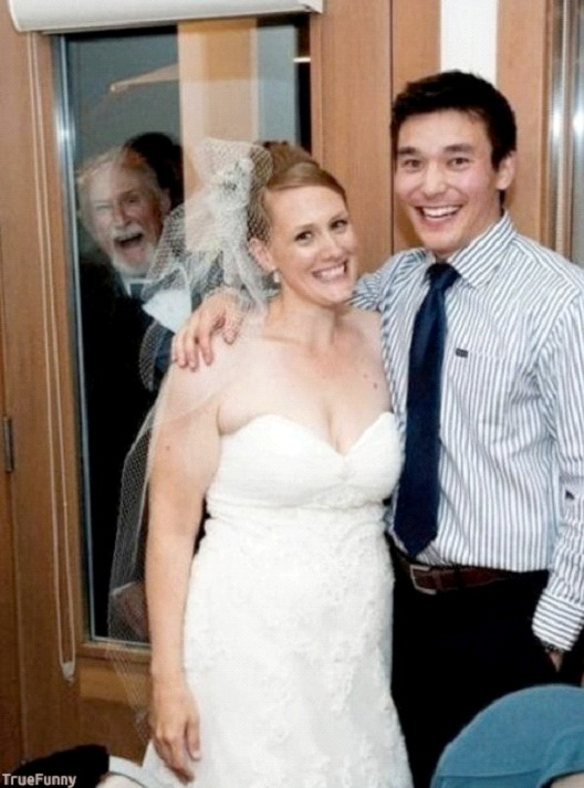 I'm So Happy-Best Wedding Photo Bomb