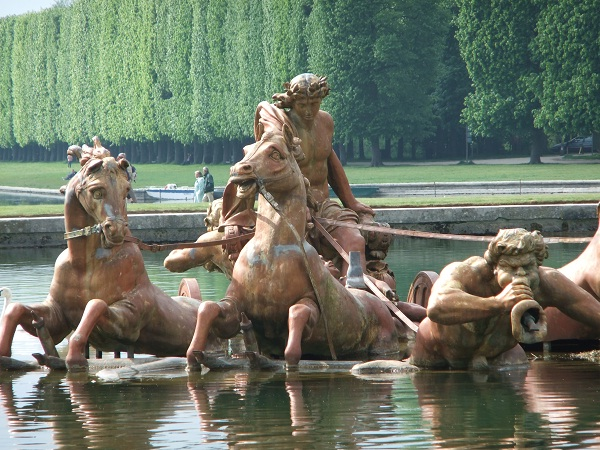 The Palace Of Versailles Fountain-Most Breathtaking Fountains In The World