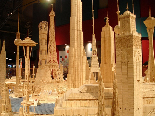 Buildings-12 Creative Toothpick Art Models Ever Made