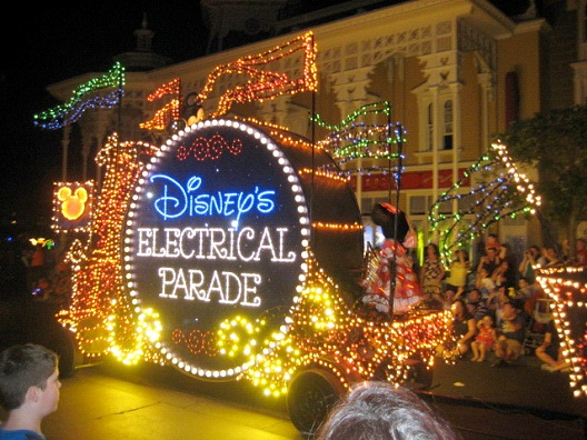 Main Street Electrical Parade-Most Hated Things About Disneyland
