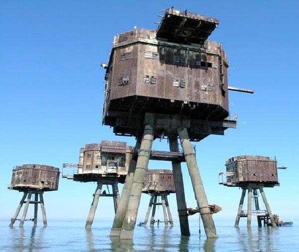 Abandoned Maunsell Sea Forts --Amazing Abandoned Mega Structures
