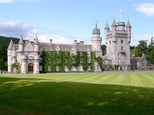 Balmoral Castle - United Kingdom-Most Beautiful Castles Around The World