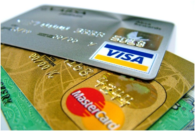 Fear Of Credit Card Being Information Stolen-Reasons Why You Should Not Buy Things Online