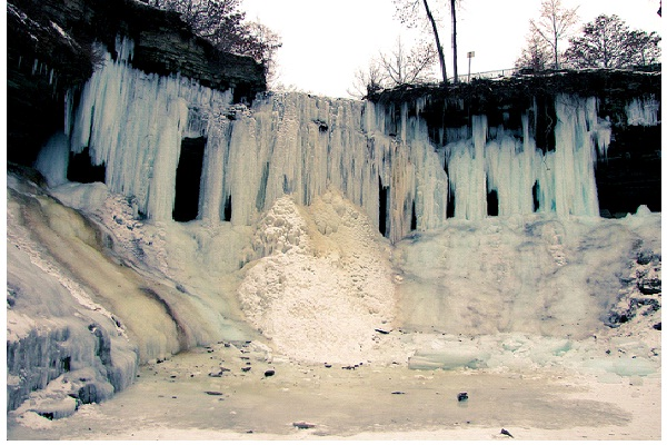 Minnehaha Falls-Most Amazing Ice Formations