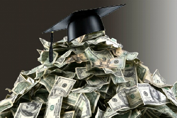 Start Out Life In Debt-Reasons Why Getting A Degree Is Not Worth It