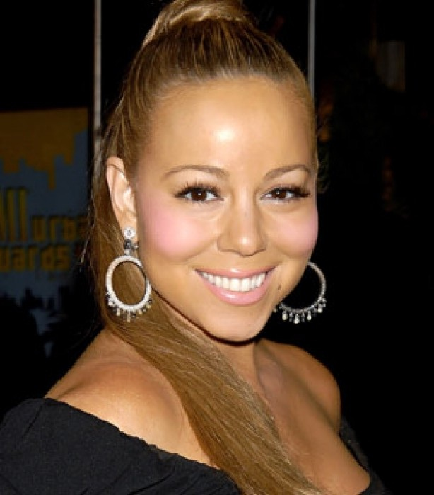 Mariah Carey-15 Worst Celebrity Makeup Disasters Ever