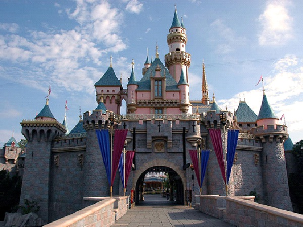 Disneyland-Things That Are Common In The USA But Not In Other Countries