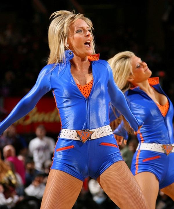 Cheerleaders Galore-Funny Camel Toe Fails