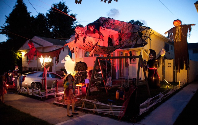 Spectacularly Spooky-Amazing Halloween Home Decorations