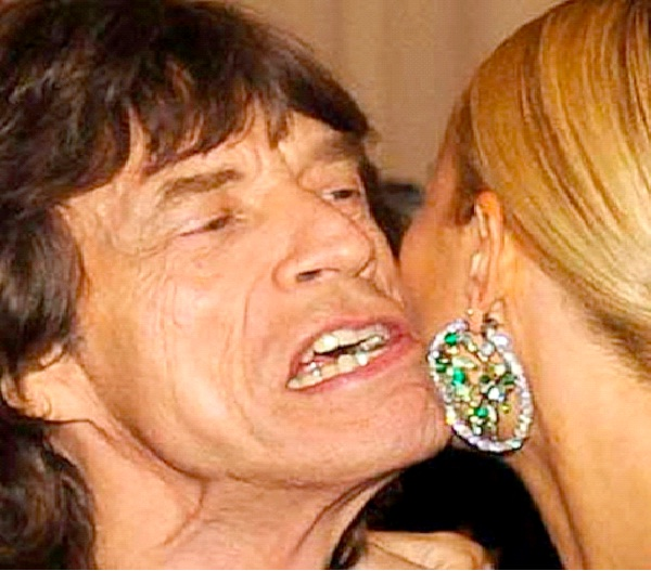 Mick Jagger/Gwyneth Paltrow-Most Awkward Celebrity Kisses
