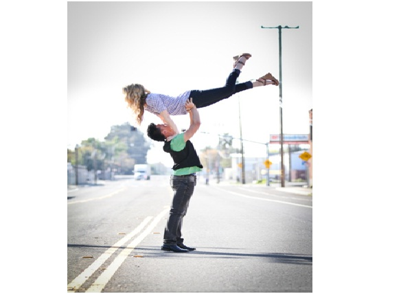 Dirty Dancing Engagement Photo-Unique Engagement Photos