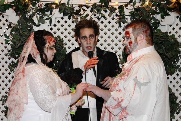 Full On Wedding-Zombie Engagements