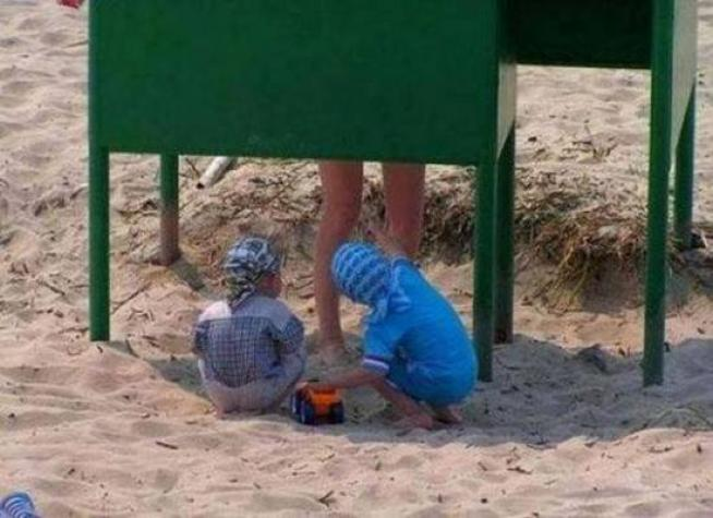 Too Early to Check Things Out-15 Times Kids Were Found Being Silly And Funny