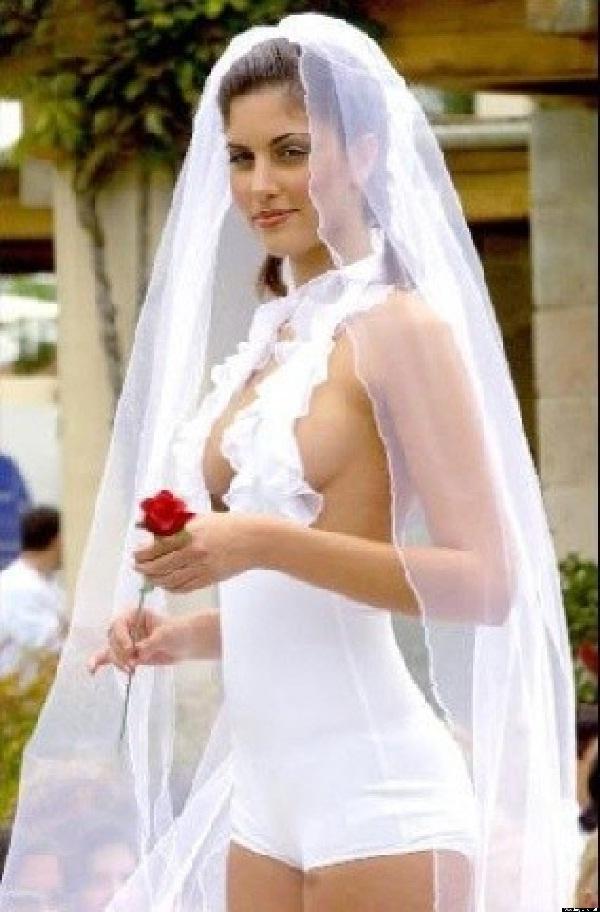 Worst Wedding Dresses - Star Wedding Dress