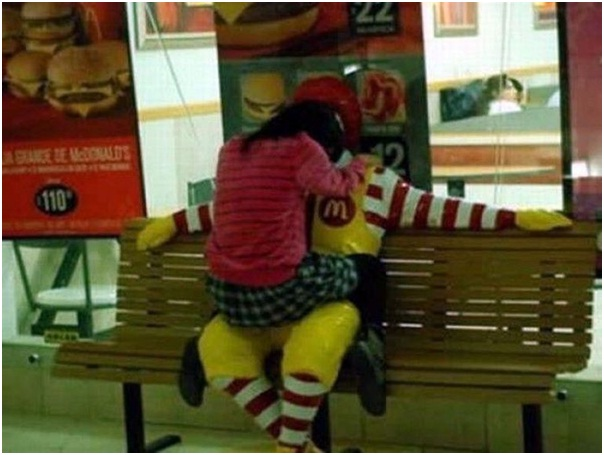Ronald McDonald had Public Romps-Sad Reality Of Ronald McDonald