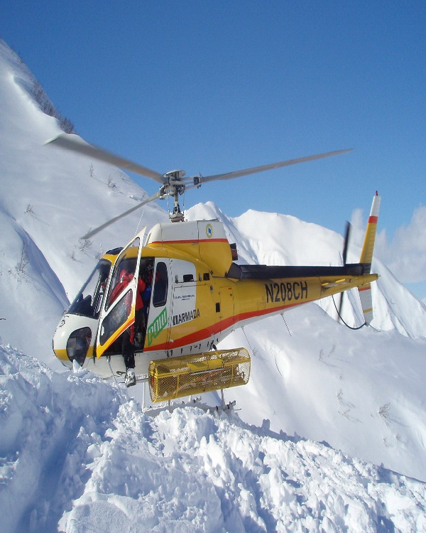 Helicopter skiing-Most Dangerous Sports In The World