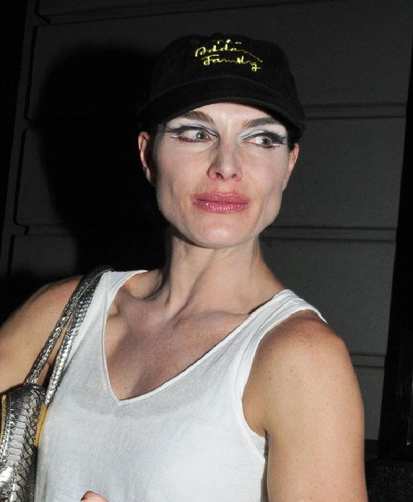 Brooke Shields-15 Worst Celebrity Makeup Disasters Ever