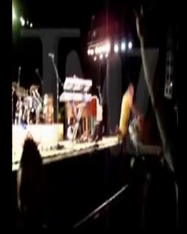 Jimmy Buffett-Hilarious Concert Fails Ever