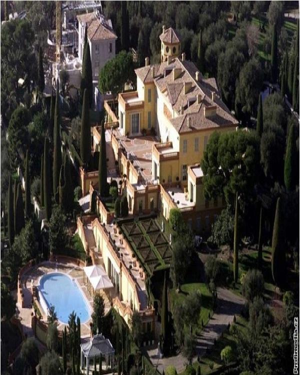 Villa Leopolda-Amazing Mansions