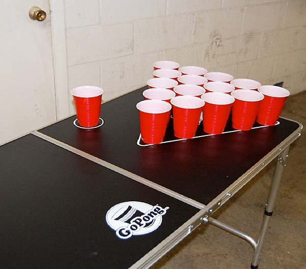 Beer Pong-Beer Drinking Games