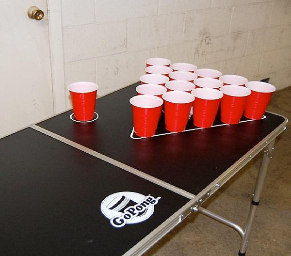 Beer Pong-Beer Drinking Games